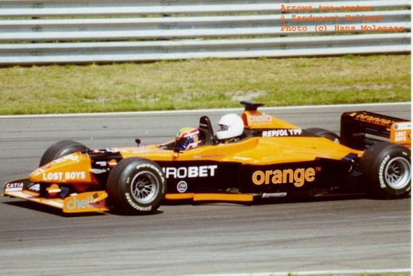 The F1 Experiences dual-seat car broke down : formula1