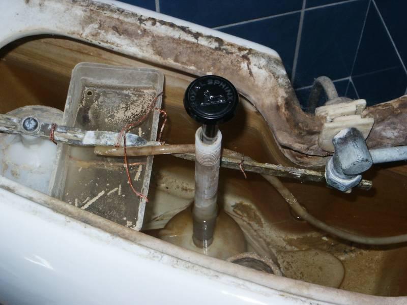 Ouderwetse Stortbak Toilet : Hvh repareer lekkend toilet